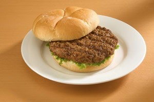 BEEF PATTY CHARBROIL CN LABEL 90/2.5oz